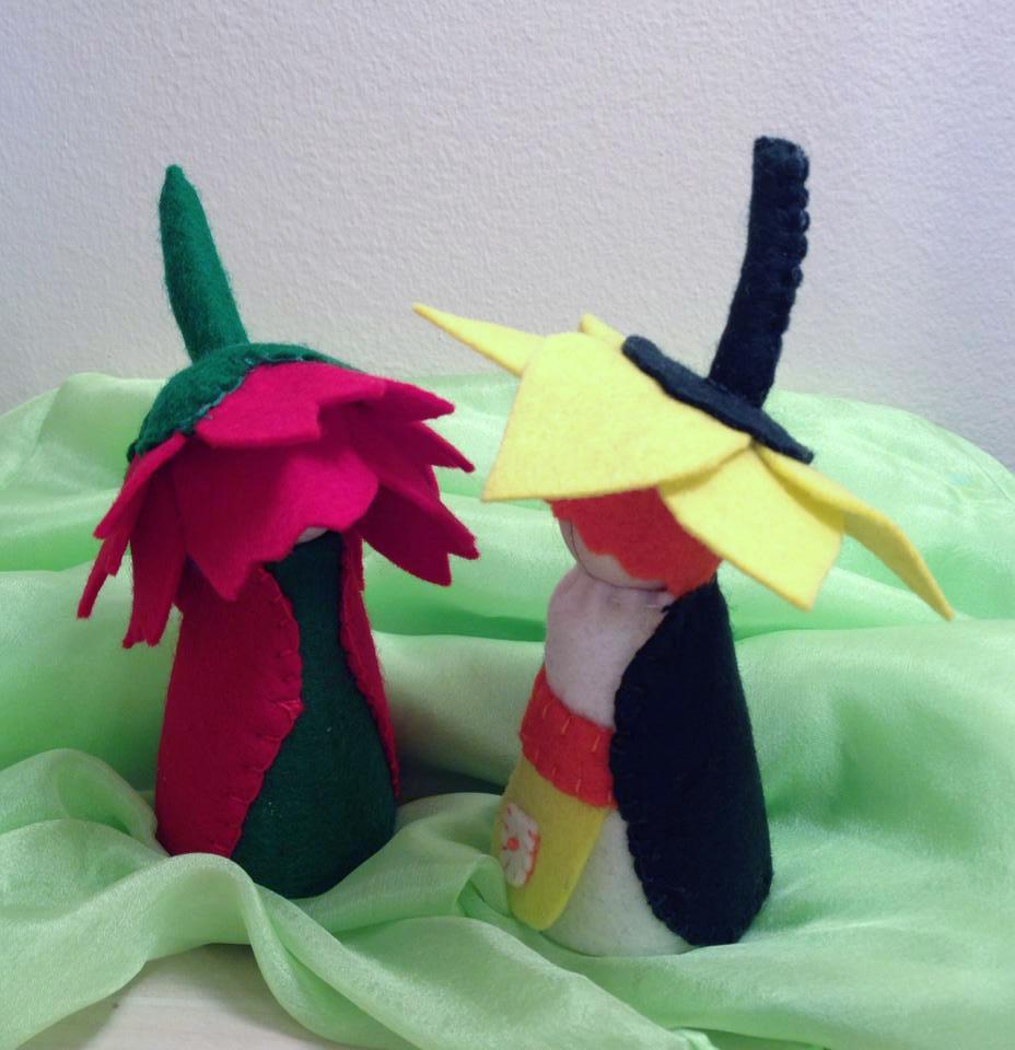 Daffodil and tulip peg dolls